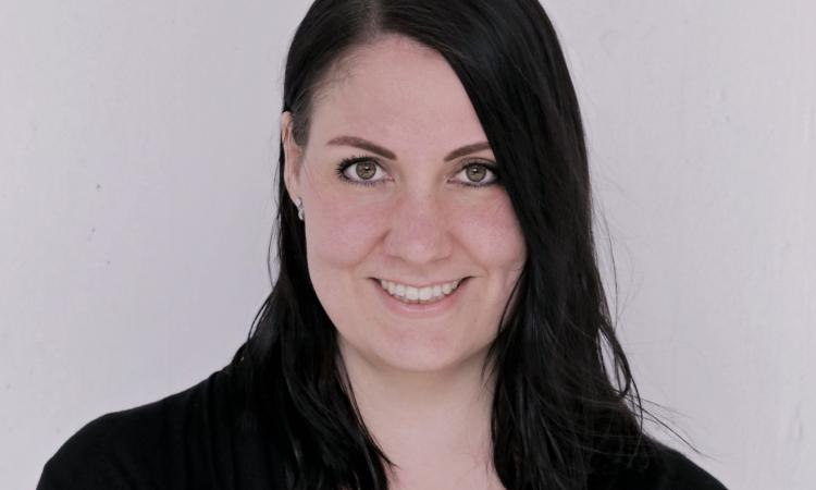 Portraitfoto Katharina Mairhofer